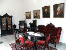 Louis-Philippe-Möbelensemble des Schweriner Schlosses im Bestand der Stiftung